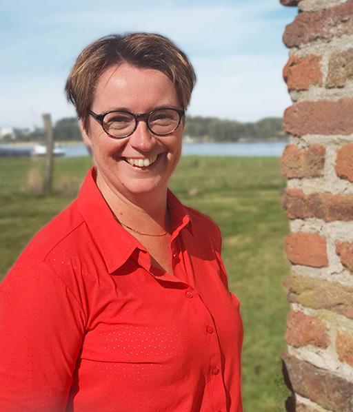 C. (Elli) van Oosterom