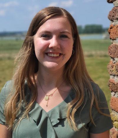 A. (Arianne) van Donselaar